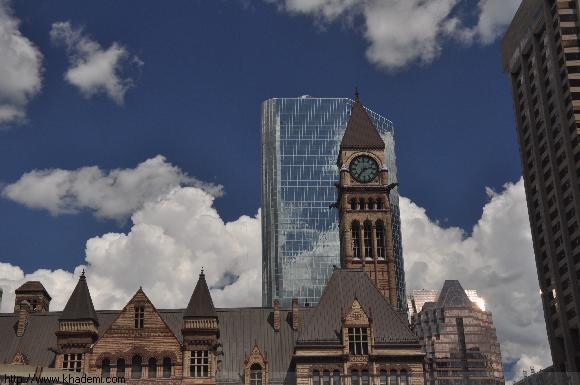 گشتی در داون تاون تورنتو